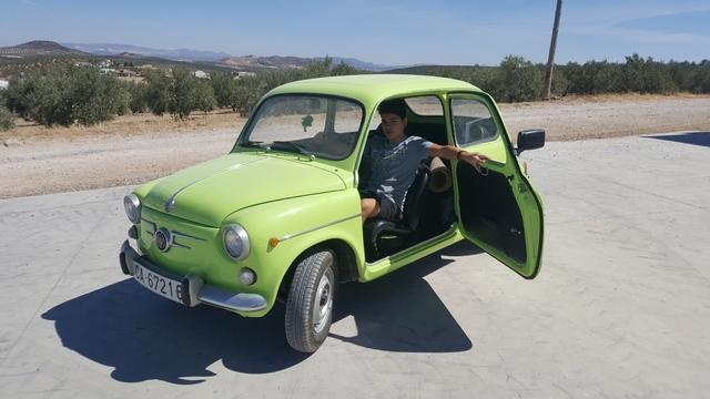 SEAT - 600 - foto 1
