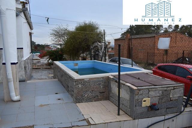 CHALET CON PISCINA PRÓXIMO A CALAMONTE - foto 2