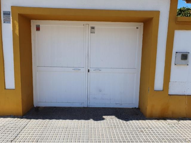 Puerta De Entrada De Garaje