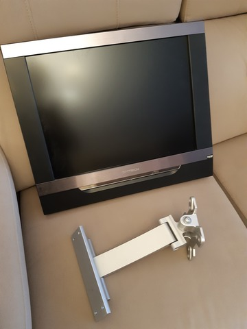 TV PARED DMTECH