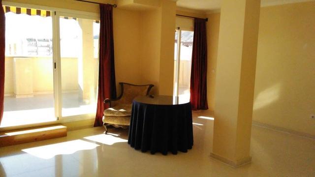 ATICO 3HAB. 2 WC,  GARAJE SUB.  BENIDORM - foto 3
