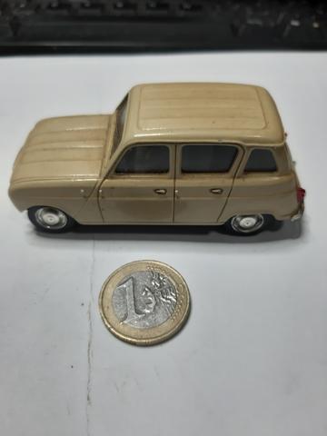 Renault 4L Año 1964 1/43