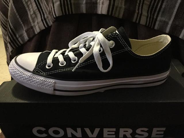 Lookoficina como llevar zapatillas #converse en la oficina