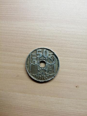 Dos Monedas De 50 Centimos