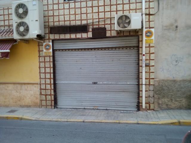SE VENDE PLAZA DE GARAJE CERRADA - foto 1