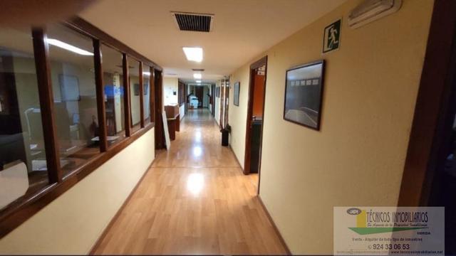 ALQUILER OFICINAS CENTRO - foto 4