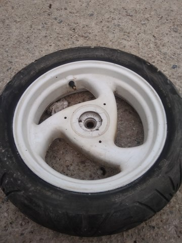 Uno plato rueda trasera freno Kawasaki Suzuki rojo