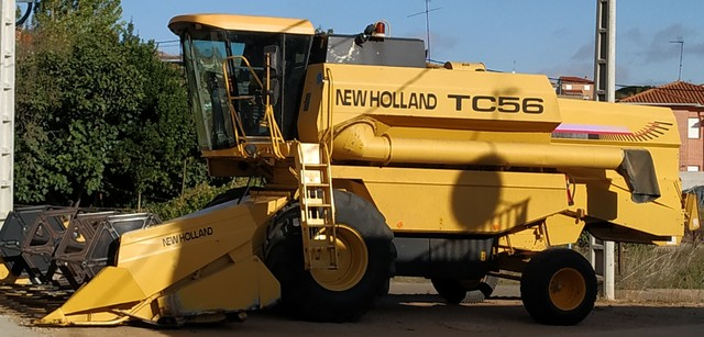 NEW HOLLAND TC56 - foto 1