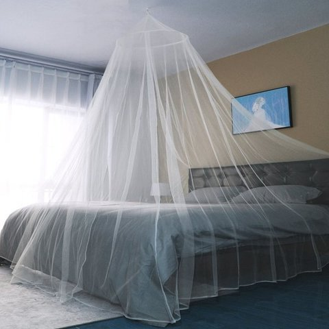 Rom/ántico dosel mosquitera con una entrada para proteger de los insectos