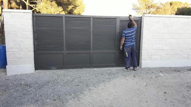 Puerta Corredera Nueva
