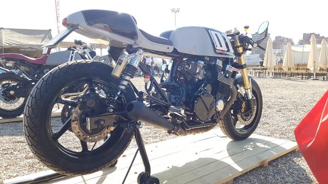 Honda CB 750 cuatro k0-k6 piezas montadas sistema de escape nuevo