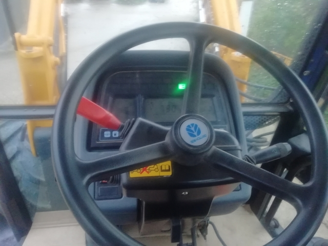 TRACTOR NEW HOLLAND TM125 - foto 4