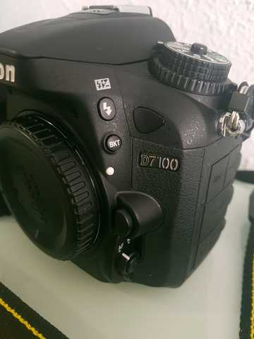 NIKON D7100+OBJETIVO 18-200 MM + FLASH - foto 5