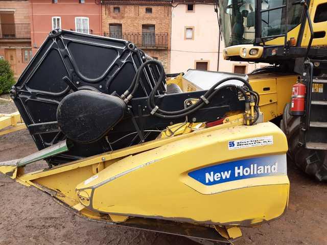 NEW HOLAND CR9080 4X4 - foto 2