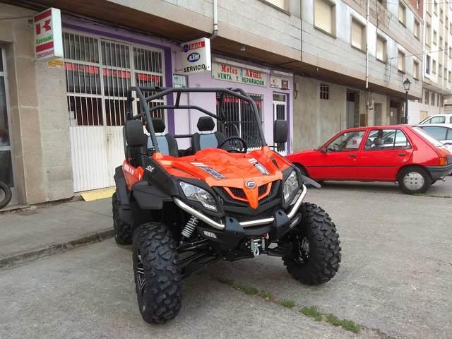 CF MOTO 550 EFI - foto 3