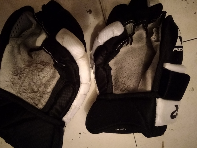 GUANTES HOCKEY FISHER - foto 3