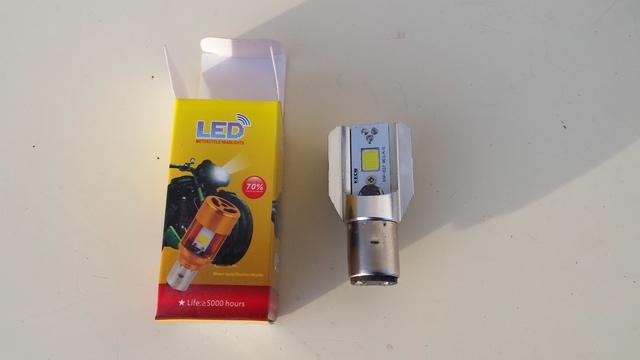 SE VENDE BOMBILLA LED S2 - foto 1