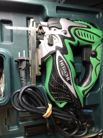 Caladora Hitachi Cj110Mv