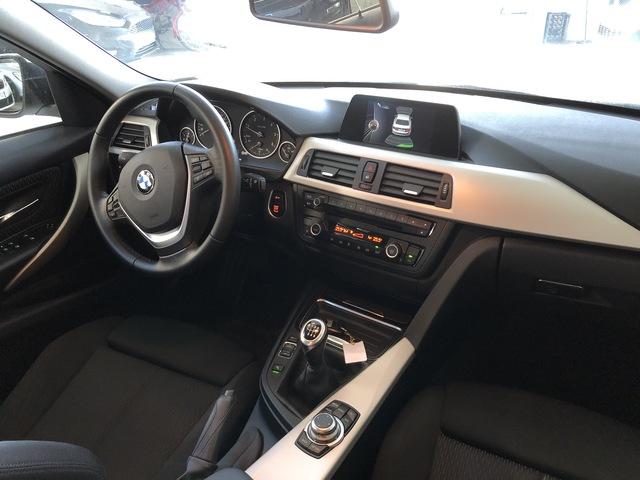 BMW - 318 D - foto 3