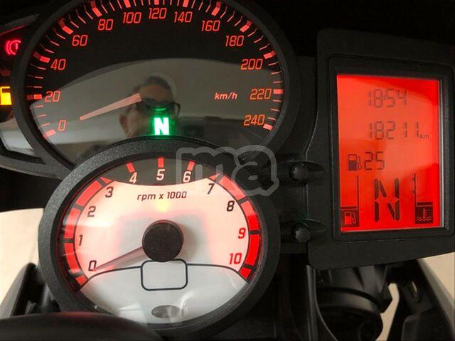 BMW - F 800 R - foto 8