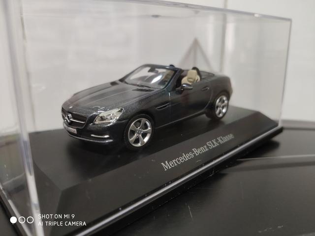 Mercedes Slk 1/43 Schuco