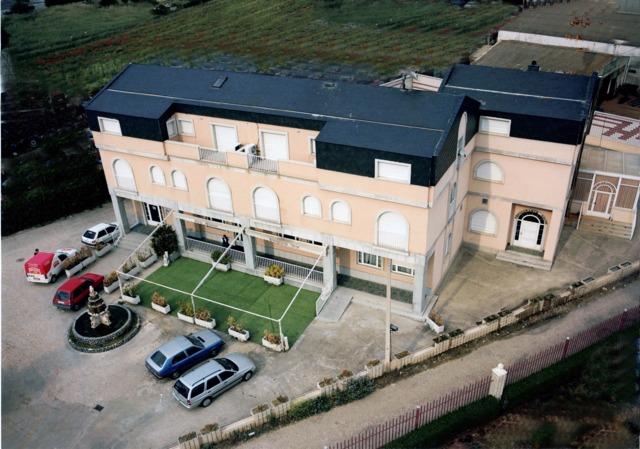 HOTEL CON RESTAURANTE EN SALAMANCA - foto 1