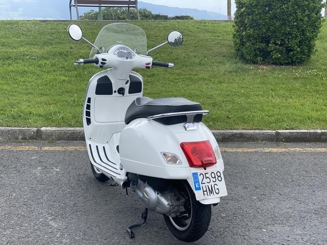 VESPA - GTS 300 I - foto 8