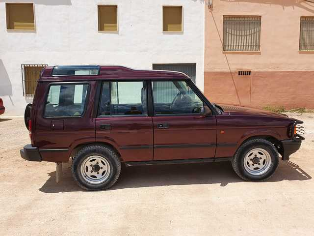 LAND-ROVER - DISCOVERY 25 TDI - foto 5