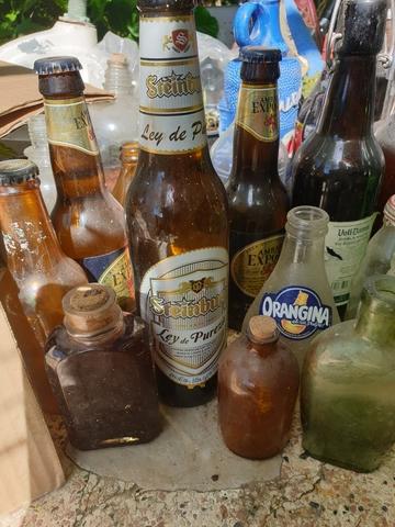 Surtido De Botellas Antiguas