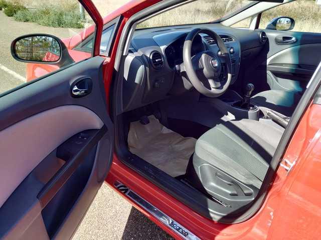 SEAT - LEON 1. 9 TDI 105CV OCASIÓN!! - foto 7