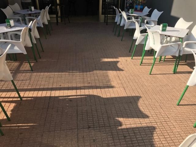 TRASPASO BAR CON LICENCIA - foto 3