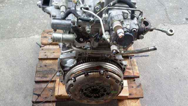 MOTOR TOYOTA AVENSIS 2. 2D REF.  2AD-FTV - foto 3