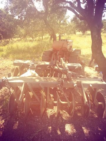 FÍAT 505 - TRACTOR CON GRADAS - foto 2