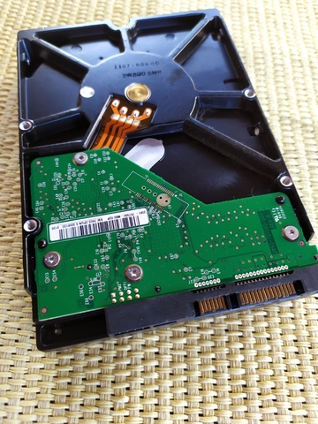 HD WD 3, 5 SATA 640 GB.  - foto 2