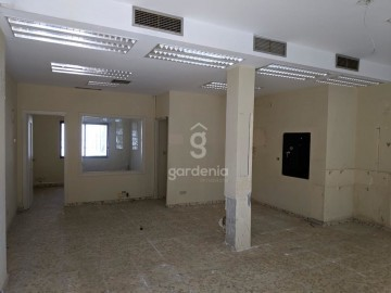 LOCAL COMERCIAL - CONVERTIBLE VIVIENDA - foto 8
