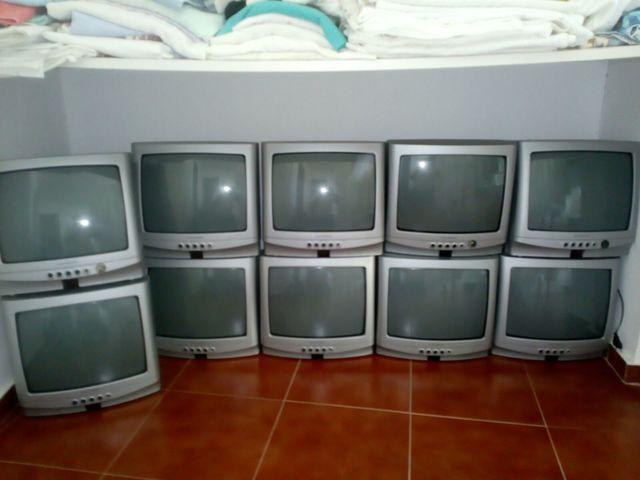 TELEVISOR - foto 2
