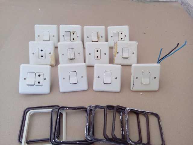 Enchufes E Interruptores Años 90