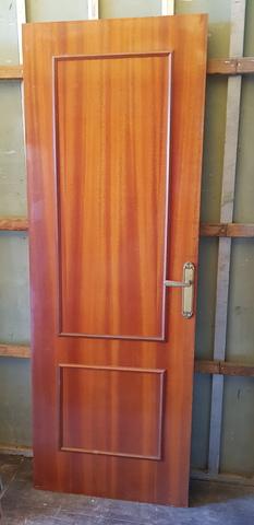 Vendo Puerta Cipeli Color Nogal