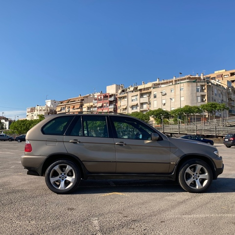 BMW - X5 - foto 4