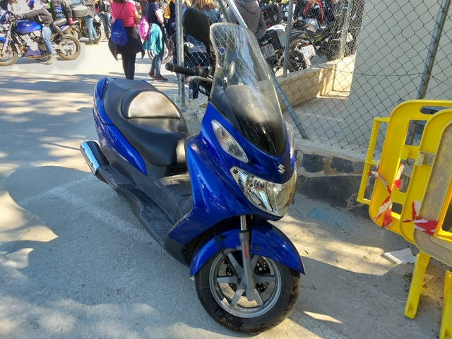 SUZUKI - 150 CC AÑO 2004 - foto 2