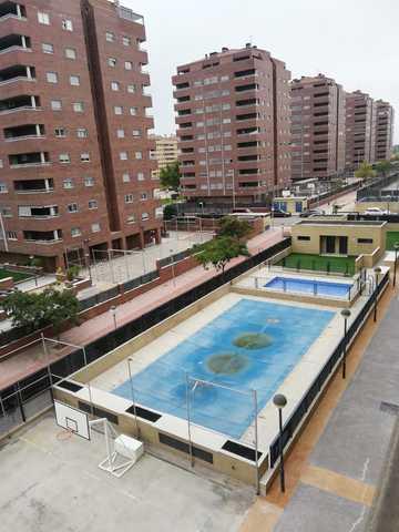 OPORTUNIDAD!!! VIVIENDA DE 2 DORMITORIOS - foto 2