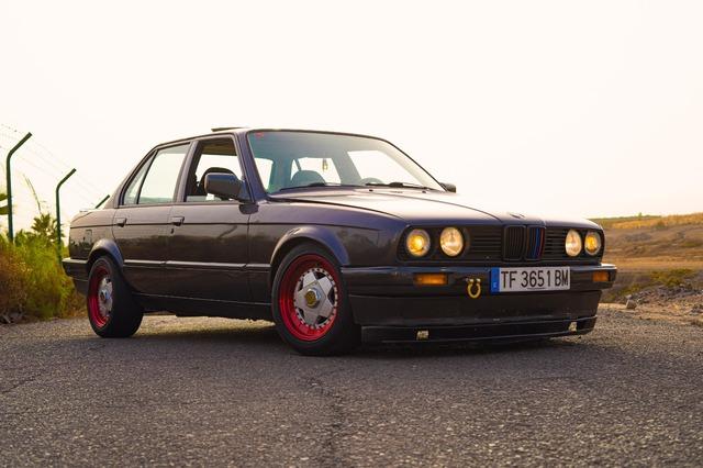 BMW E30 320I - foto 3