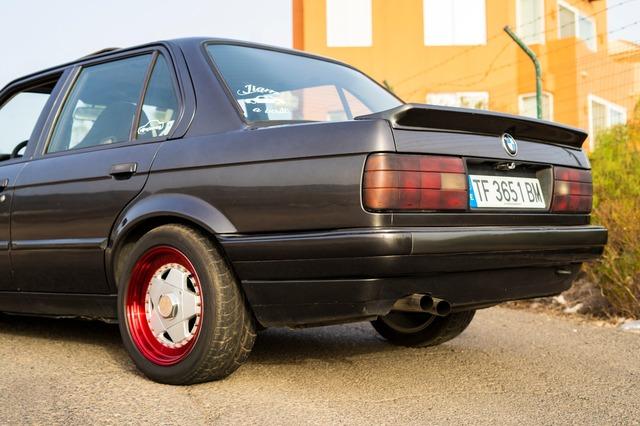 BMW E30 320I - foto 2