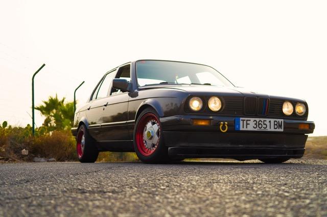 BMW E30 320I - foto 4