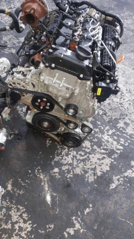 MOTOR HYUNDAI IX35 1. 7 CRD REF.  D4FD - foto 2
