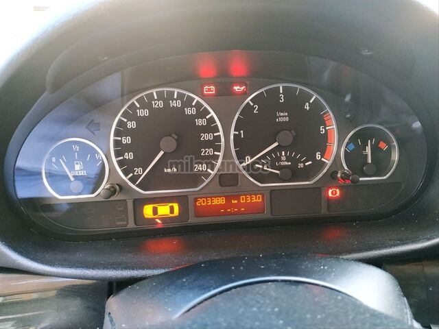 BMW - SERIE 3 330D - foto 7