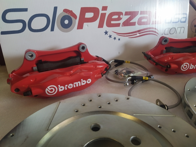 FORD MUSTANG BREMBO - foto 1