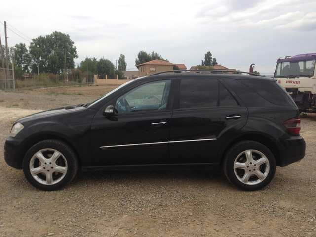 MERCEDES-BENZ - ML 320 CDI - foto 2