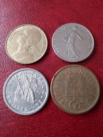 Lote De 12 Monedas Del Mundo