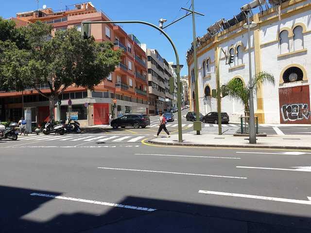 ZONA RAMBLAS DE SANTA CRUZ - SANTA CRUZ - foto 2